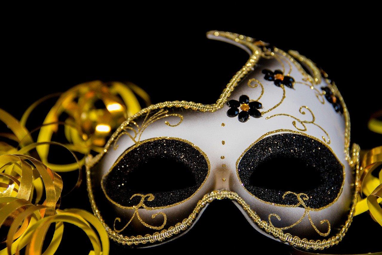 carnival-3075912_1280